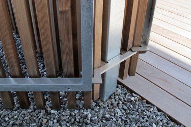 Bild zu Gartentor Metallbeschläge