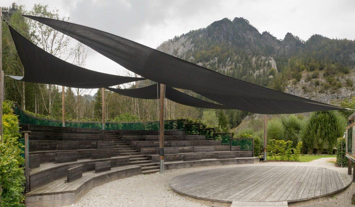 Sonnensegel Anlage im Nationalpark Gesäuse in der Steiermark
