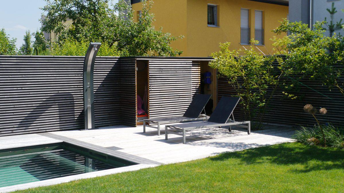 Gartenschrank – ein idealer Stauraum für Schwimmbadzubehör und Gartenwerkzeuge