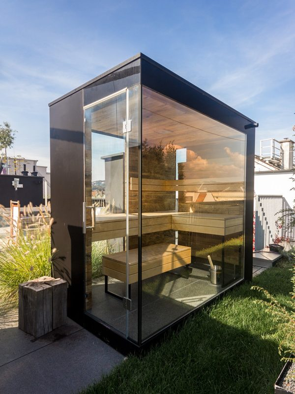 sauna auf dachterrasse holzmanufaktur horner gmbh. Black Bedroom Furniture Sets. Home Design Ideas