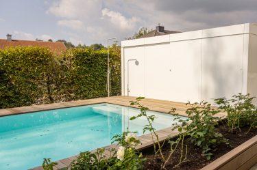 Bild zu Gartenschrank am Schwimmbad